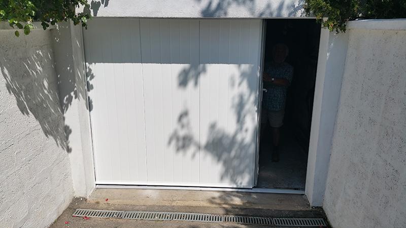 Somaca fabrication et pose de menuiseries sur mesure en for Garage opel la garde